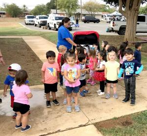 1017 SCHOOL – First responders visit Dilley students4