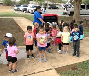 1017 SCHOOL – First responders visit Dilley students5